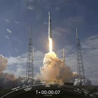 SpaceX re-useable rocket misses landing ship - Hurriyet Daily News