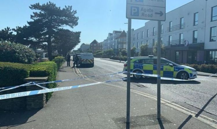 Clacton stabbing: Police swarm to Essex seafront in Bank Holiday horror as violence erupts - Express