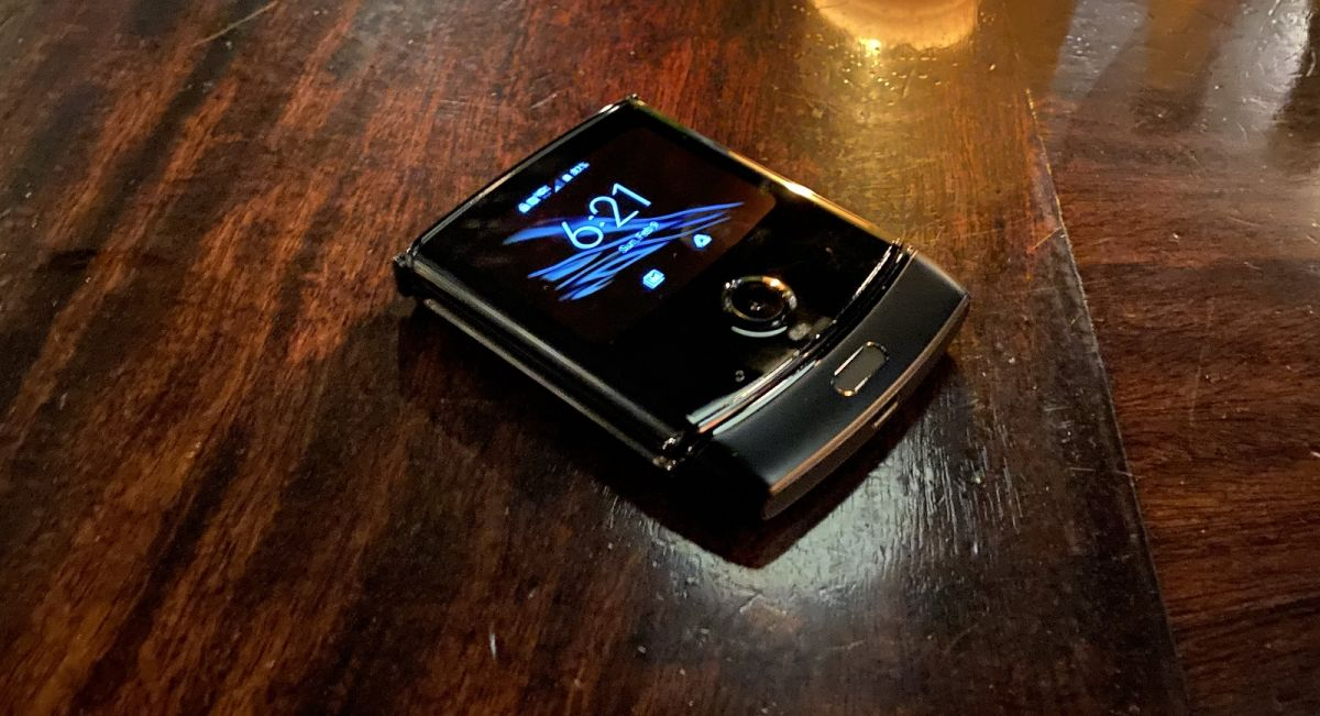 48 hours with the Motorola Razr: our first two days with the new foldable phone - TechRadar India