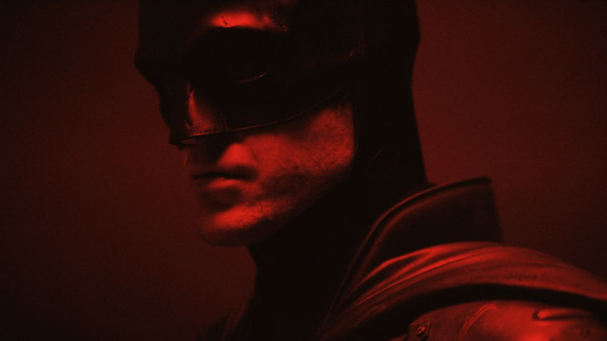 The Batman: Here's your first look at Robert Pattinson in the Caped Crusader suit - GamesRadar