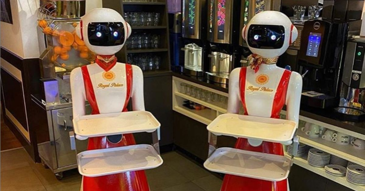 A restaurant in the Netherlands is using creepy robot waiters for social distancing - The Verge