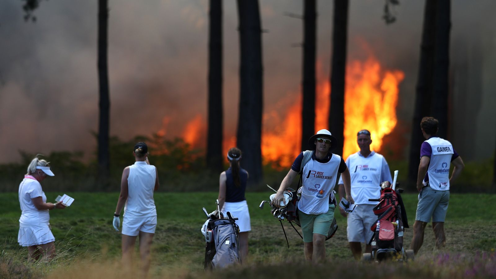 Wentworth Fire: Rose Ladies Series Grand Final abandoned due to blaze - Sky Sports