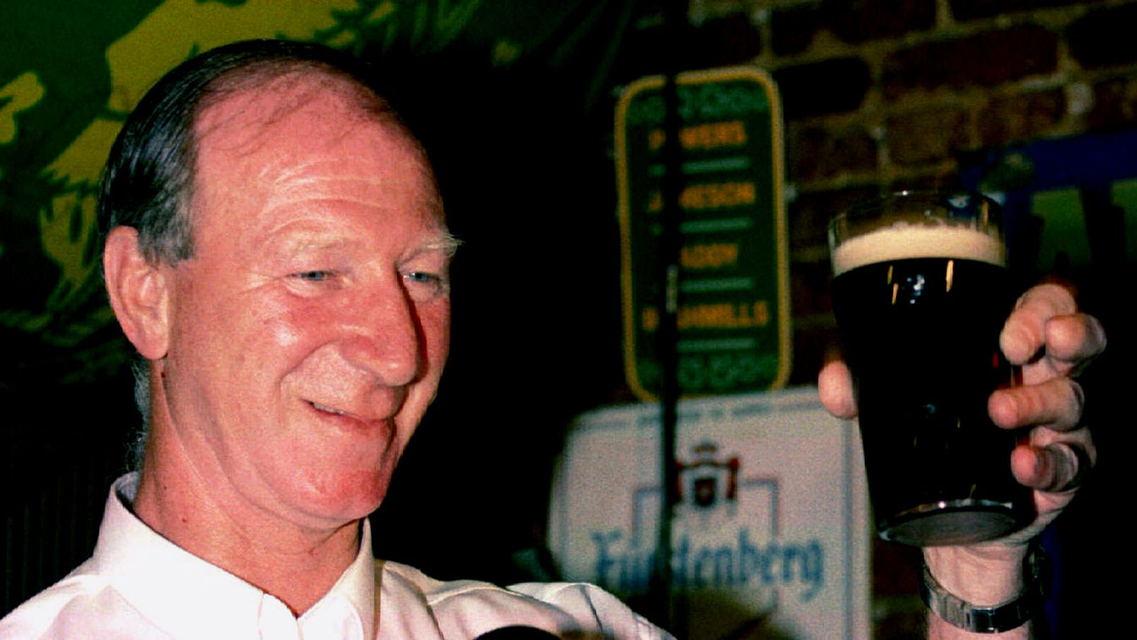 Jack Charlton: Tributes paid to former England footballer and Ireland manager - Sky News