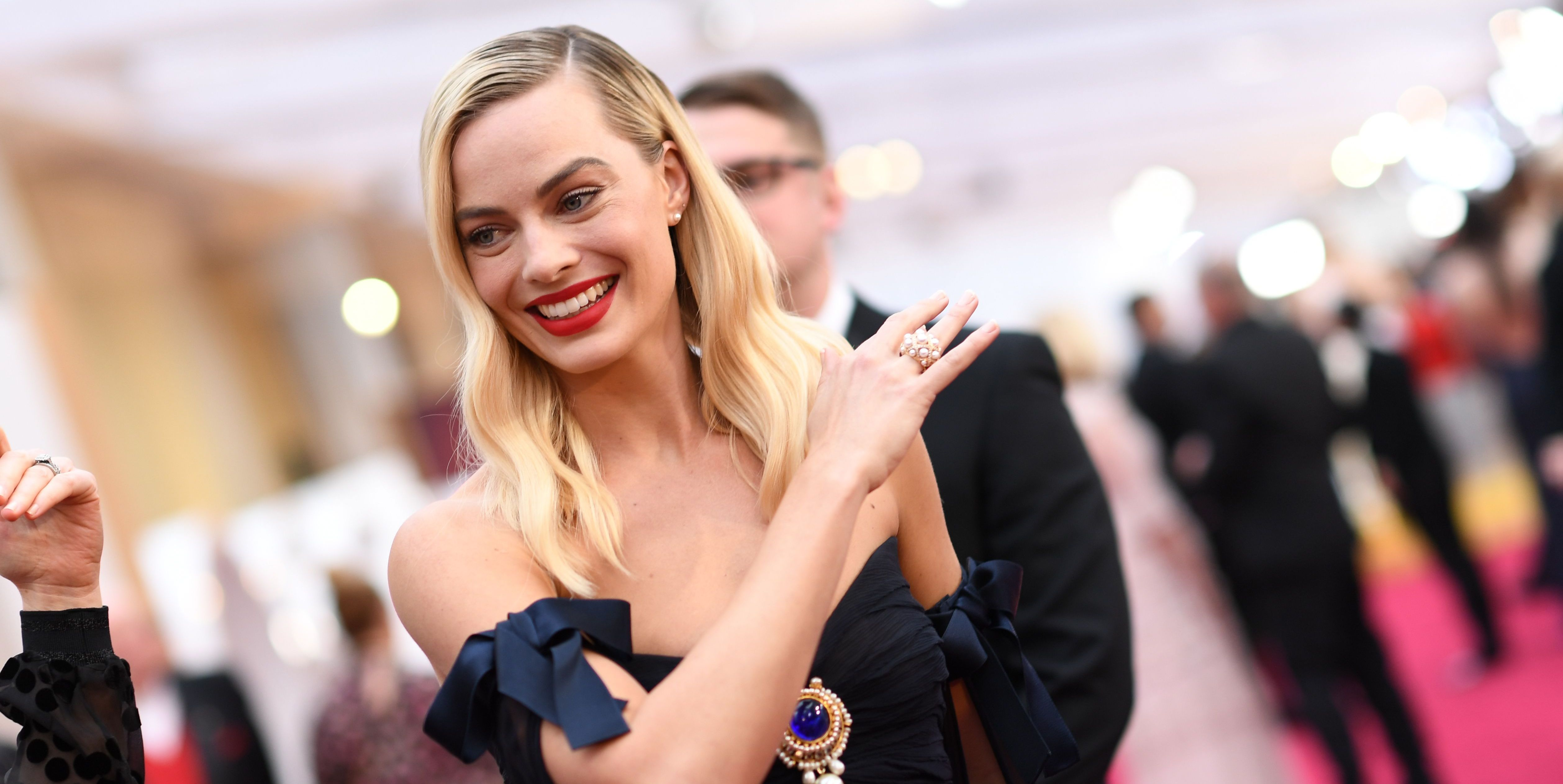 The 10 best dressed at the 2020 Oscars - harpersbazaar.com