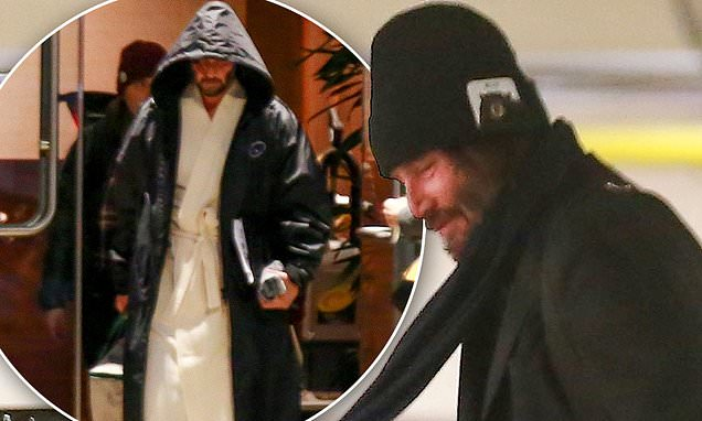Keanu Reeves, 55, looks cozy in a robe as he films next installment of The Matrix in San Francisco - Daily Mail