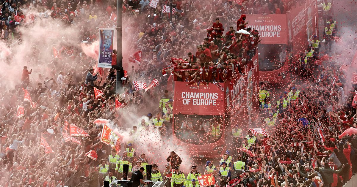 Police consulted over fears Liverpool fans could mob streets on day Reds win title - Irish Mirror