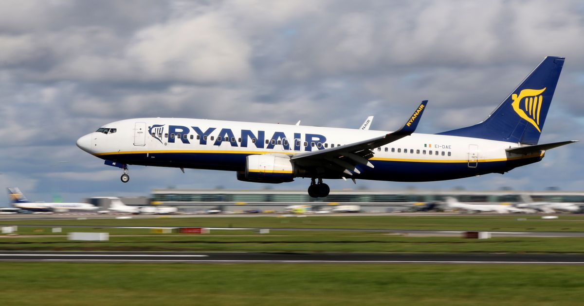 Ryanair and British Airways cancel hundreds of flights over coronavirus fears - Liverpool Echo