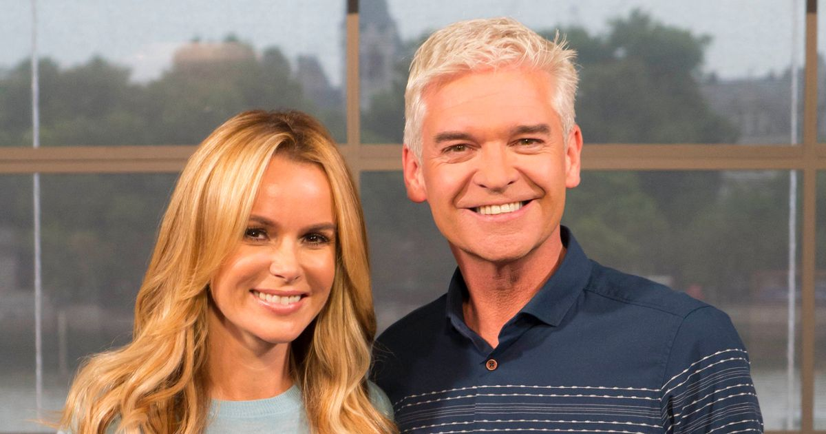 Amanda Holden rekindles 'feud' rumour with cryptic message after Phillip Schofield comes out as gay - Manchester Evening News