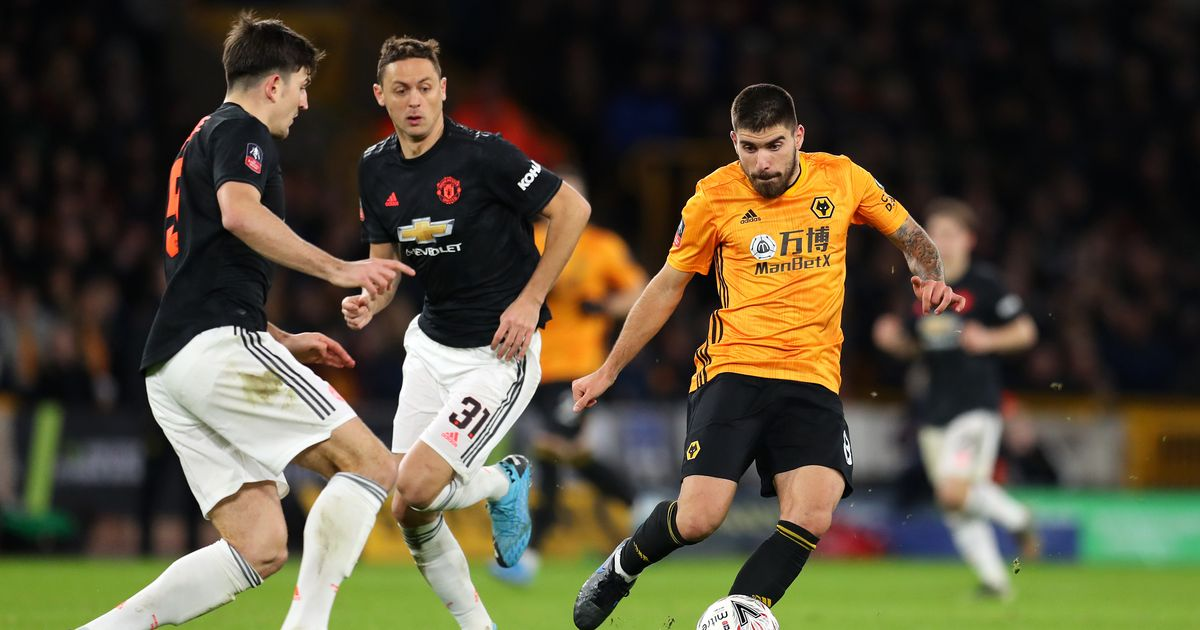 Former Manchester United player criticises 'embarrassing' performance vs Wolves - Manchester Evening News