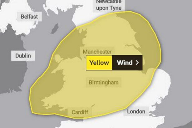Strong winds to pummel region as Met Office warns of potential damage to buildings and transport delays - Manchester Evening News