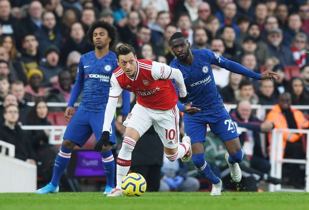 Arsenal 1-2 Chelsea LIVE score: Team news, TV channel and live stream - Mirror.co.uk