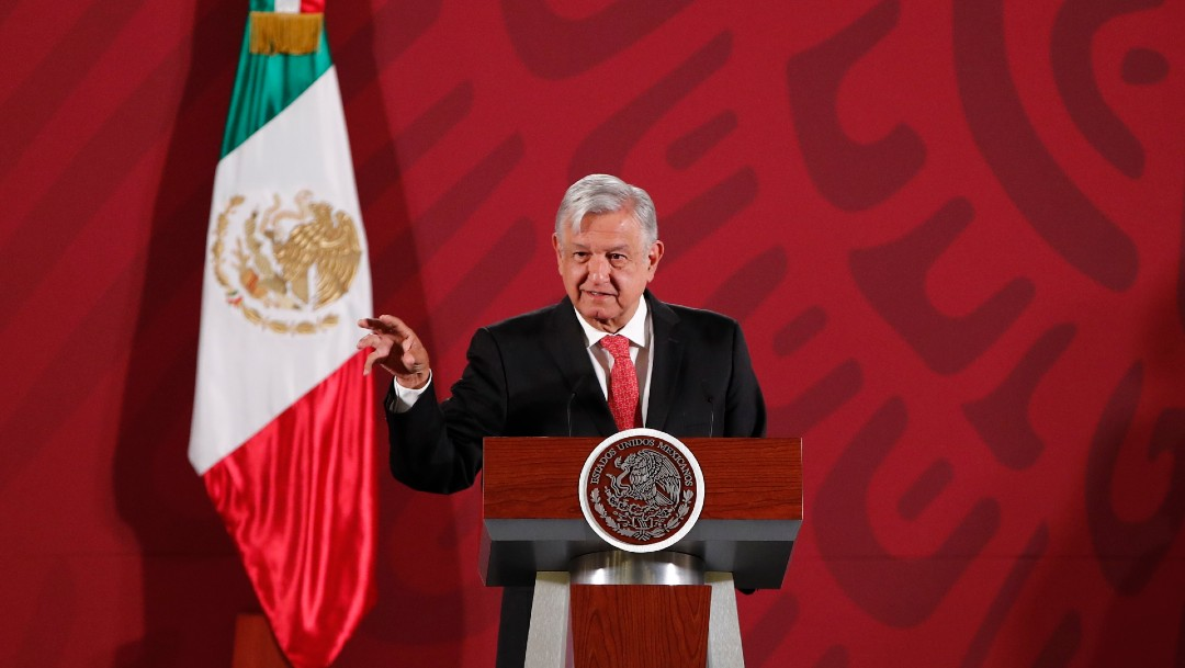 Video: Conferencia matutina de AMLO del 17 de marzo 2020 - Noticieros Televisa
