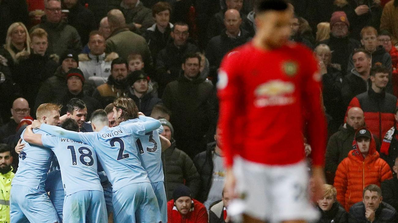 Manchester United 0-2 Burnley - Match Report - beIN SPORTS MENA Breaking News