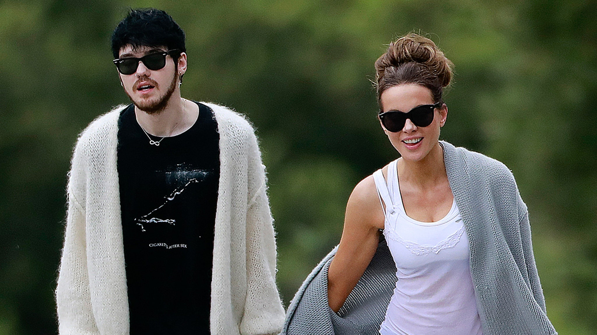 Kate Beckinsale Holding Hands with 22-Year-Old Musician Goody Grace - TMZ