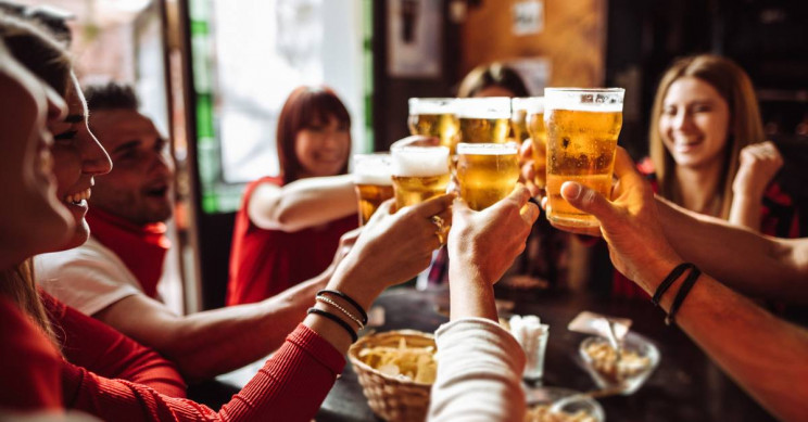 CDC Reports Binge Drinking Becoming More Excessive Especially Among Middle-Aged Men - Interesting Engineering