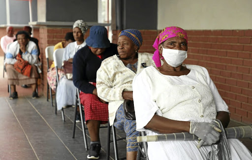 Two grannies die while waiting in queues for grants - SowetanLIVE