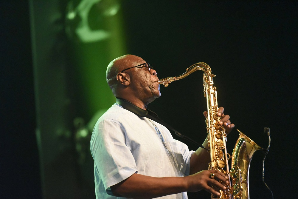 Afro-jazz star Manu Dibango dies after contracting coronavirus - SowetanLIVE
