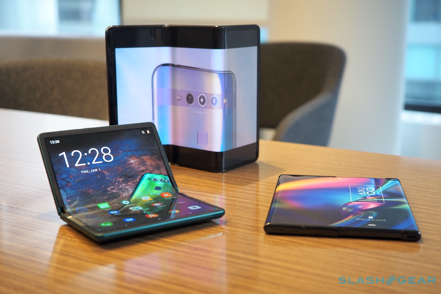 TCL's big plan pairs foldable phones with a familiar playbook - SlashGear