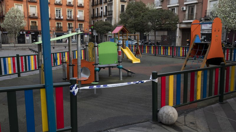 Spain's streets and playgrounds silent as death toll doubles overnight - Sydney Morning Herald