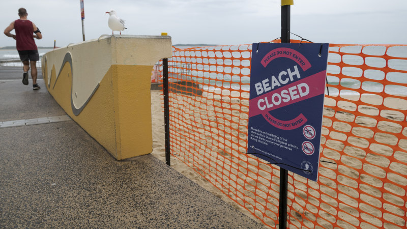 'Stay away': Beaches shut as popular coastal walks face closures - Sydney Morning Herald