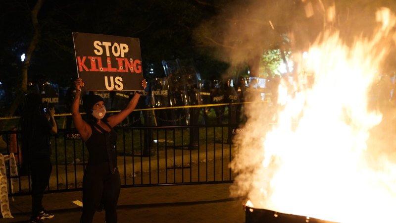 Curfews across the US as George Floyd riots, protests spread - Sydney Morning Herald