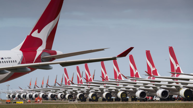 $40m a week cash burn: Qantas takes on more debt, extends COVID-19 cancellations - Sydney Morning Herald