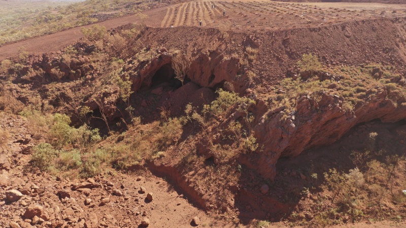Rio Tinto apologises to Indigenous owners for blasting of ancient Pilbara site - Sydney Morning Herald