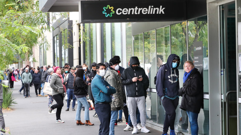 Unemployment to hit 10 per cent, 1.4m Aussies out of work: Treasury - Sydney Morning Herald