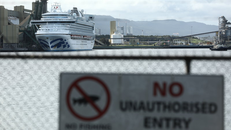 Border Force officer was worried about Ruby Princess' COVID-19 risk to workers - Sydney Morning Herald