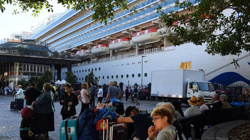 'Chances are we might get it': 2700 on infected cruise ship not checked upon Sydney arrival - Sydney Morning Herald