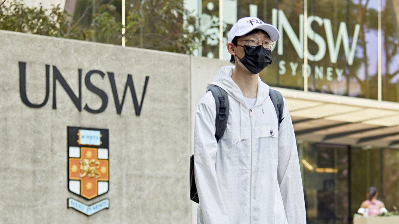 UTS to halt classes for week, UNSW, Sydney Uni stay open after virus cases - Sydney Morning Herald