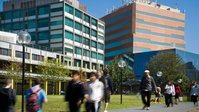 University union agrees to wage cuts to save 12,000 jobs - Sydney Morning Herald