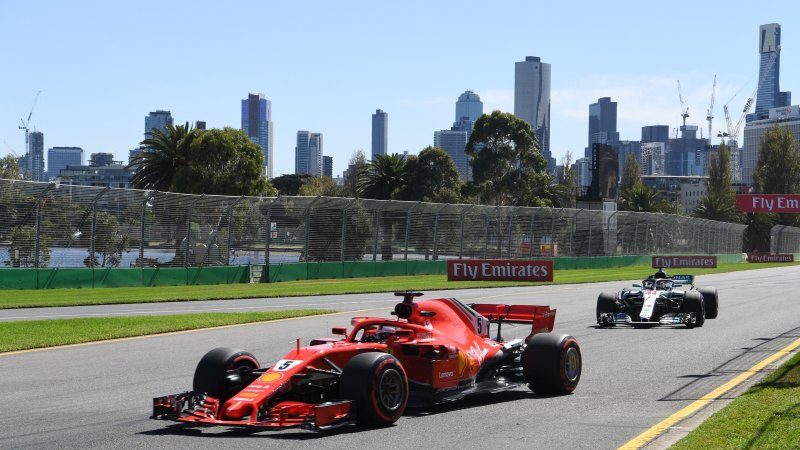 Grand Prix to push ahead despite pleas from experts and champion race car drivers - Sydney Morning Herald