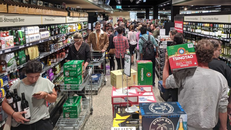Liquor stores impose booze limit from start of trade - Sydney Morning Herald