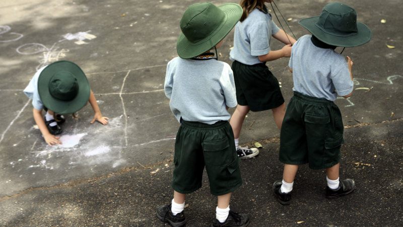 Students to spend one day a week in class under back-to-school plan - Sydney Morning Herald