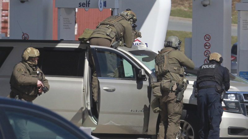 Police say at least 10 killed in Canadian mass shooting - Sydney Morning Herald
