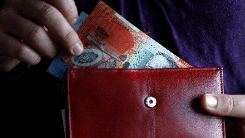 Younger and poorer: The people locked out of JobKeeper - Sydney Morning Herald