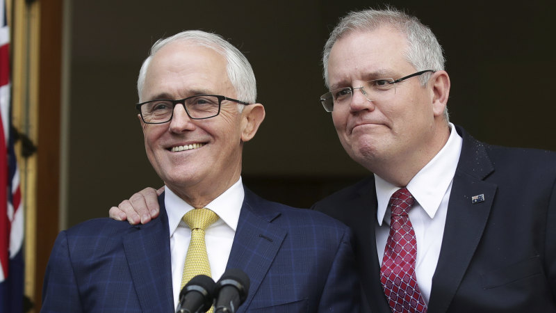 Liberal Party conservatives want 'immediate' expulsion of Turnbull - Sydney Morning Herald
