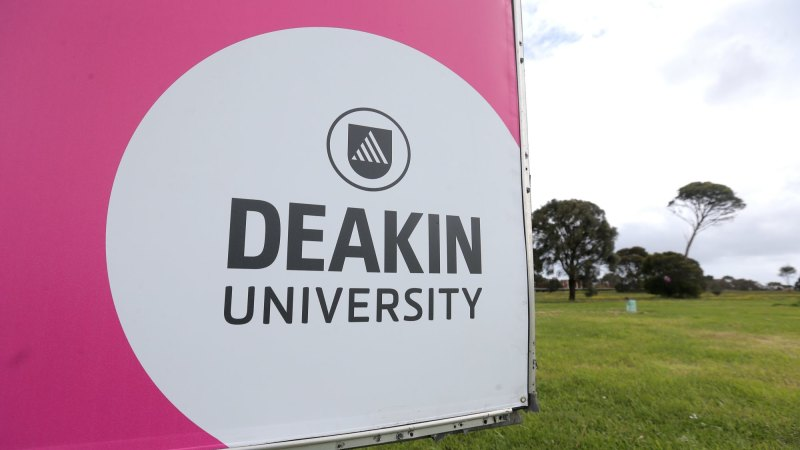 Deakin Uni to shed 300 jobs as tertiary sector's COVID-19 woes grow - The Age