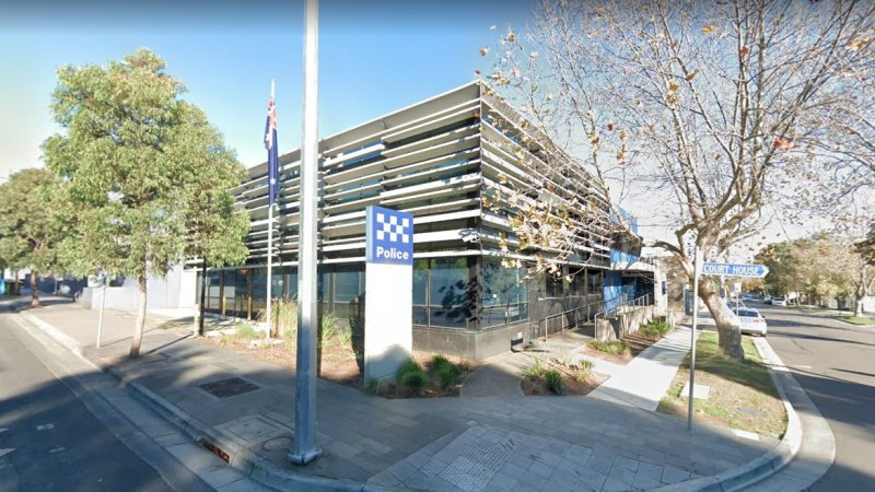 Ringwood police station shut for second time in a week after police officer tests positive for coronavirus - Sydney Morning Herald