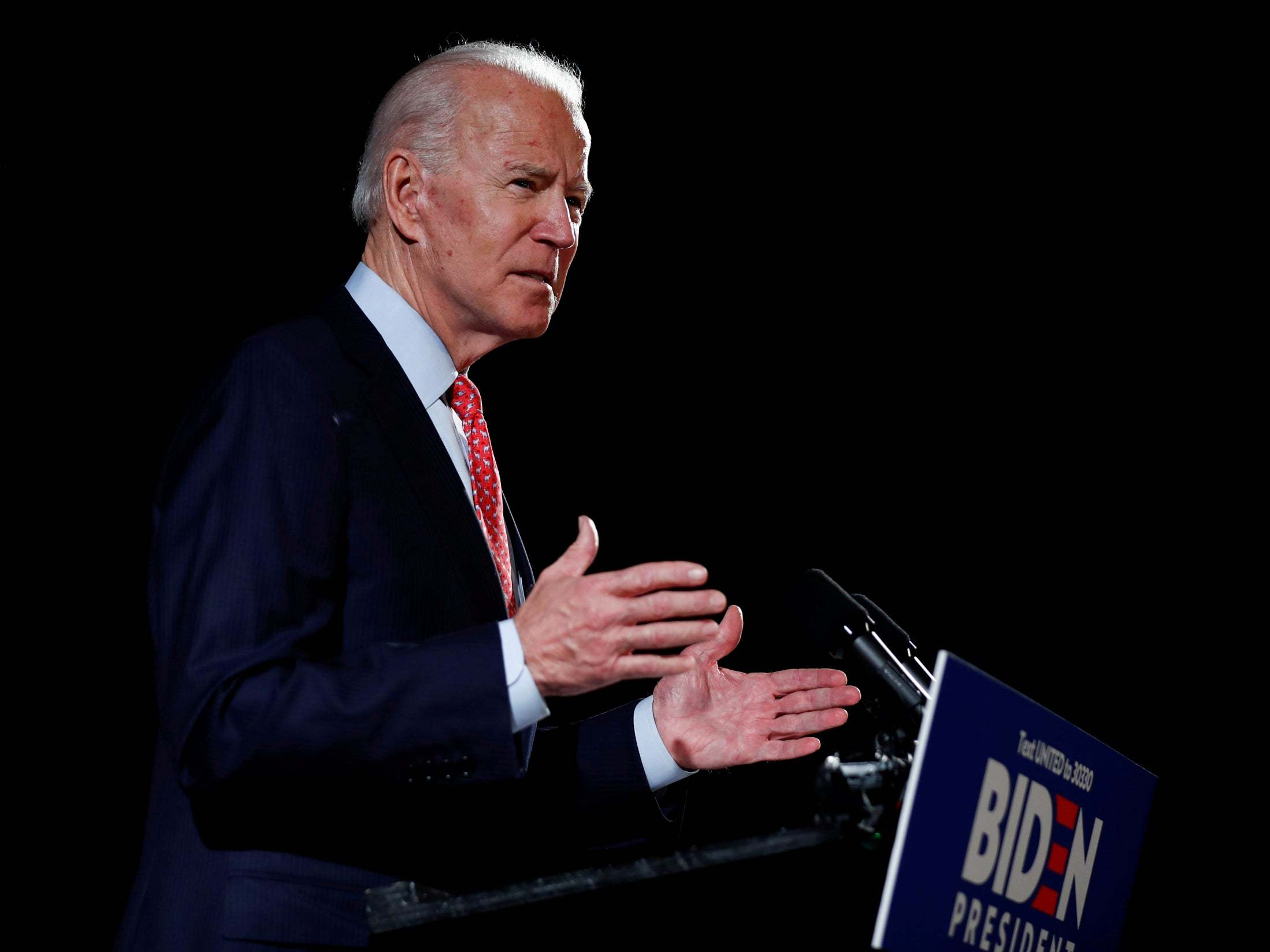 Joe Biden attacks Trump for playing golf over Memorial Day weekend as death toll heads toward 100,000 in new ad - The Independent
