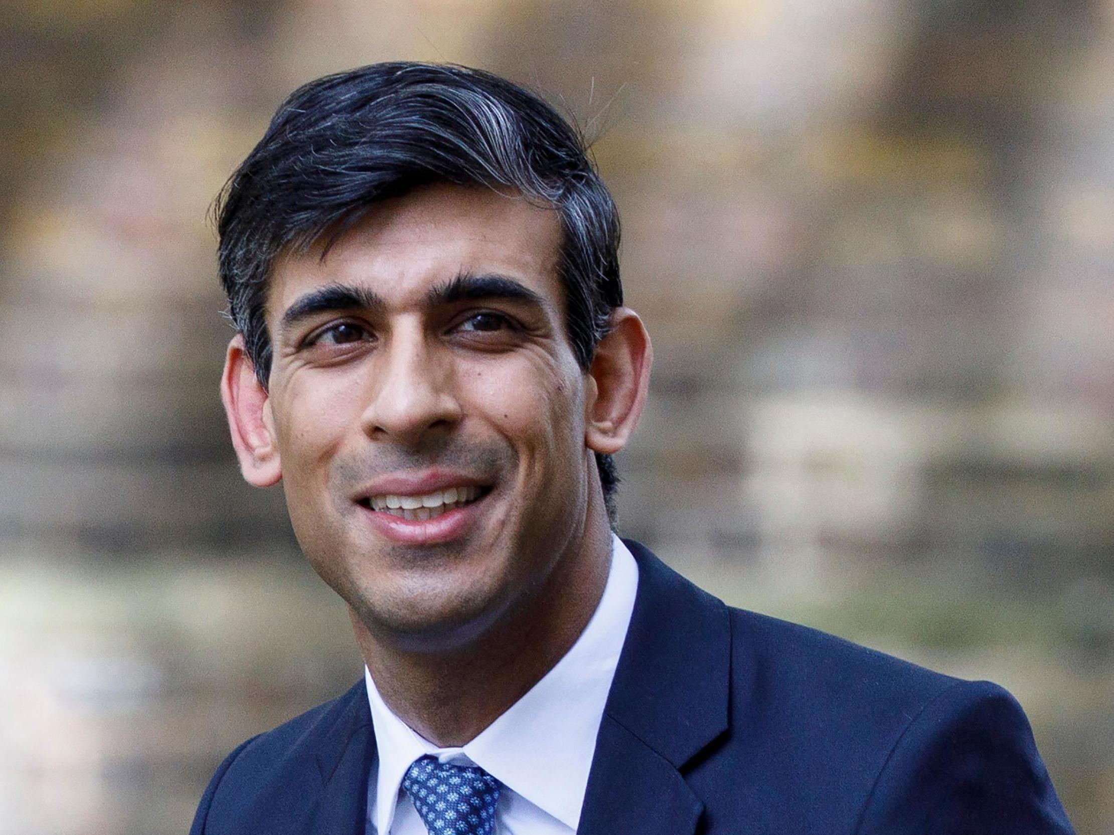 Coronavirus: Rishi Sunak must not 'pull safety net from under feet' of self employed, warn MPs - The Independent