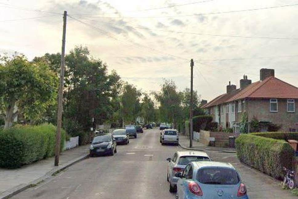 Police probe after human remains discovered in south west London home - Evening Standard