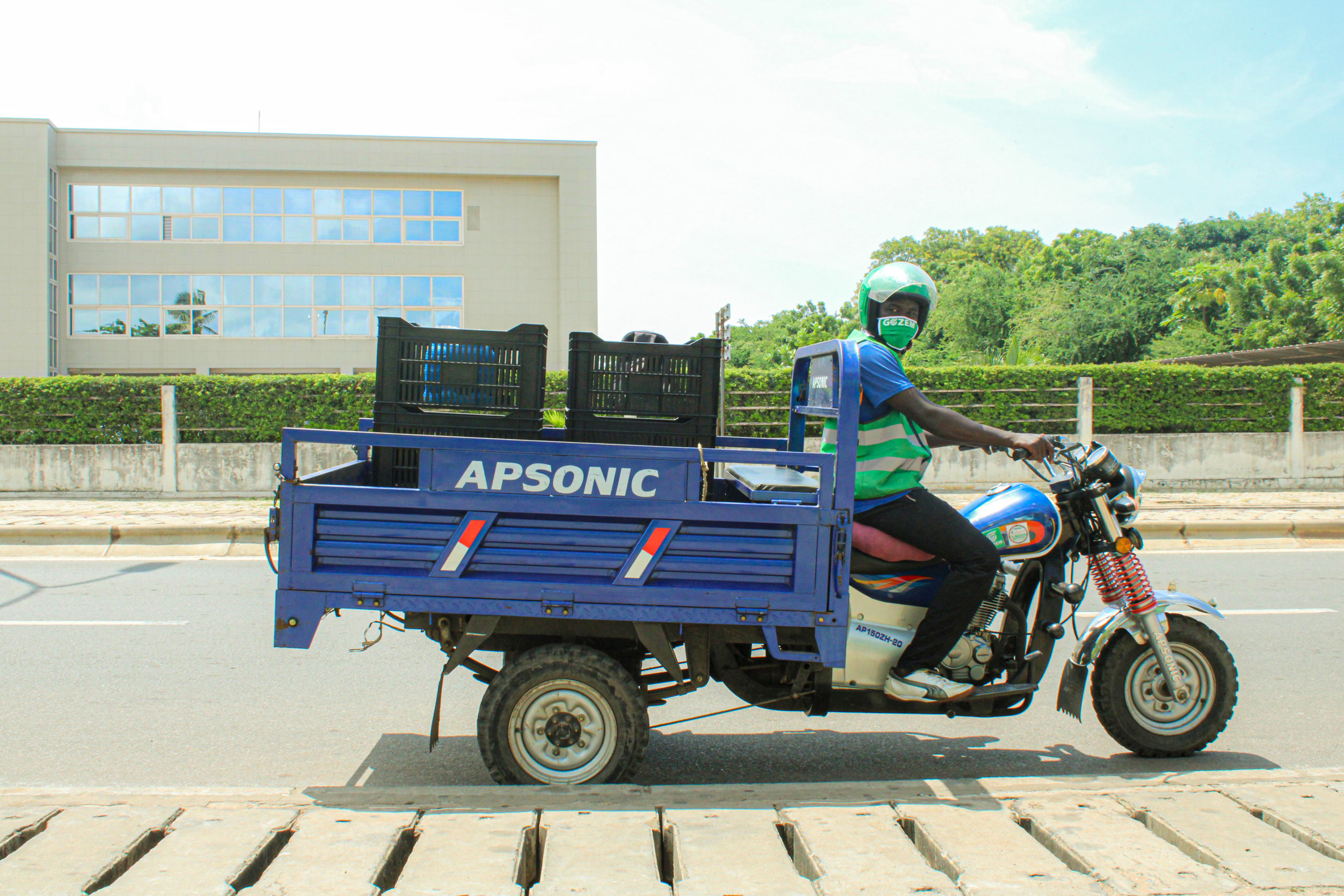 Gozem lance son service de réservation de tricycles bagages à Lomé - Financial Afrik
