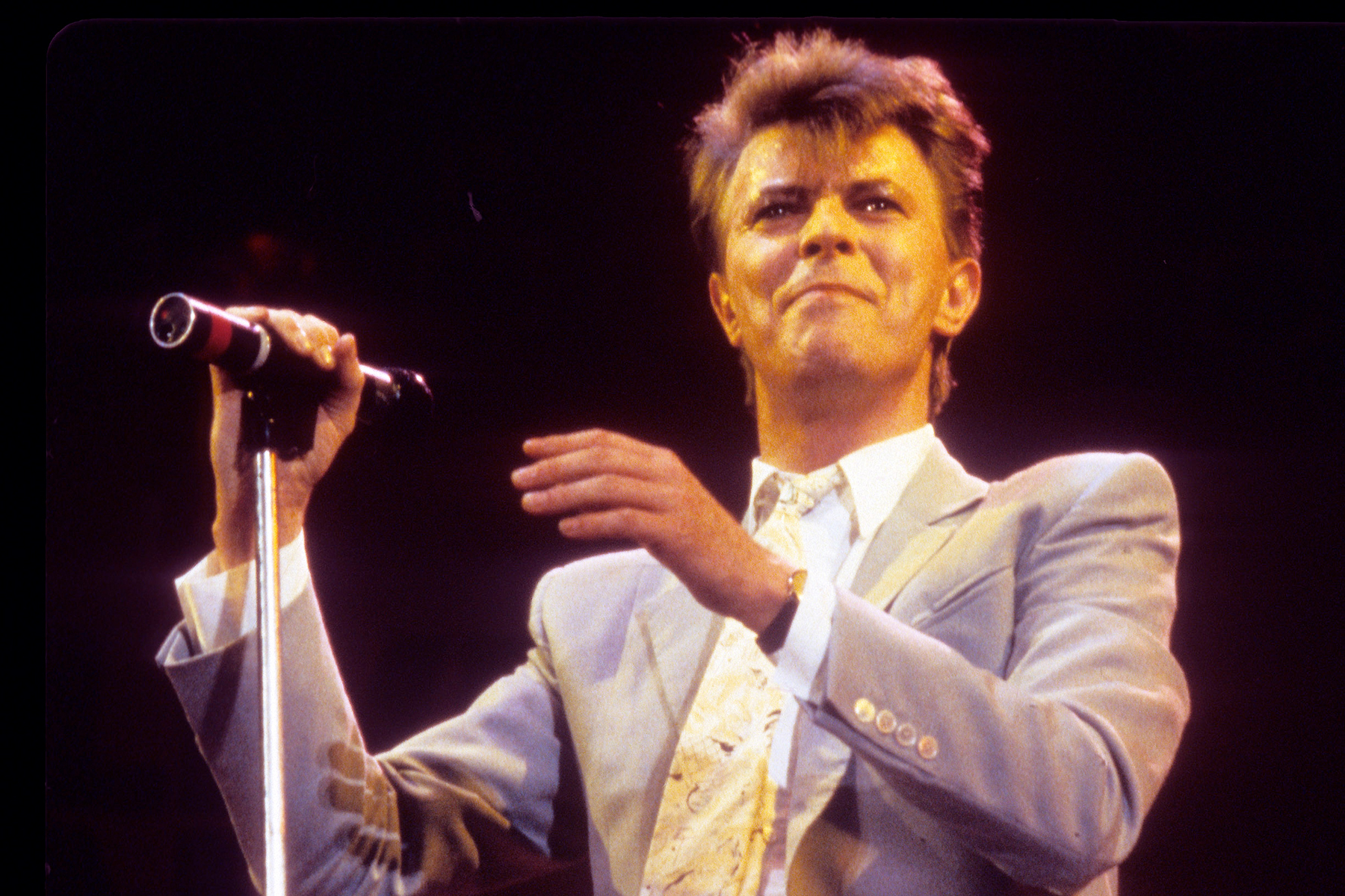 Flashback: David Bowie Plays 'Blue Jean' at Inaugural VMAs in 1984 - Rolling Stone