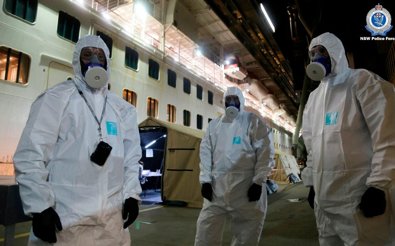 Ruby Princess: Police raid Sydney cruise ship to seize black box after coronavirus deaths - The Telegraph